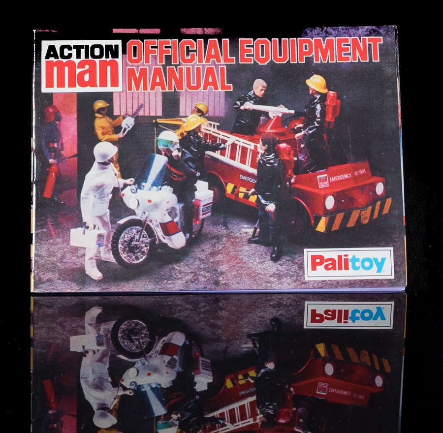 Action Man Official Equipment Manual - Services