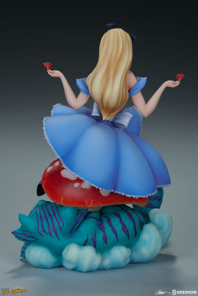 Alice in Wonderland  Statue by Sideshow Collectibles   Fairytale Fantasies Collection
