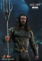 Aquaman  Sixth Scale Figure by Hot Toys  Justice League