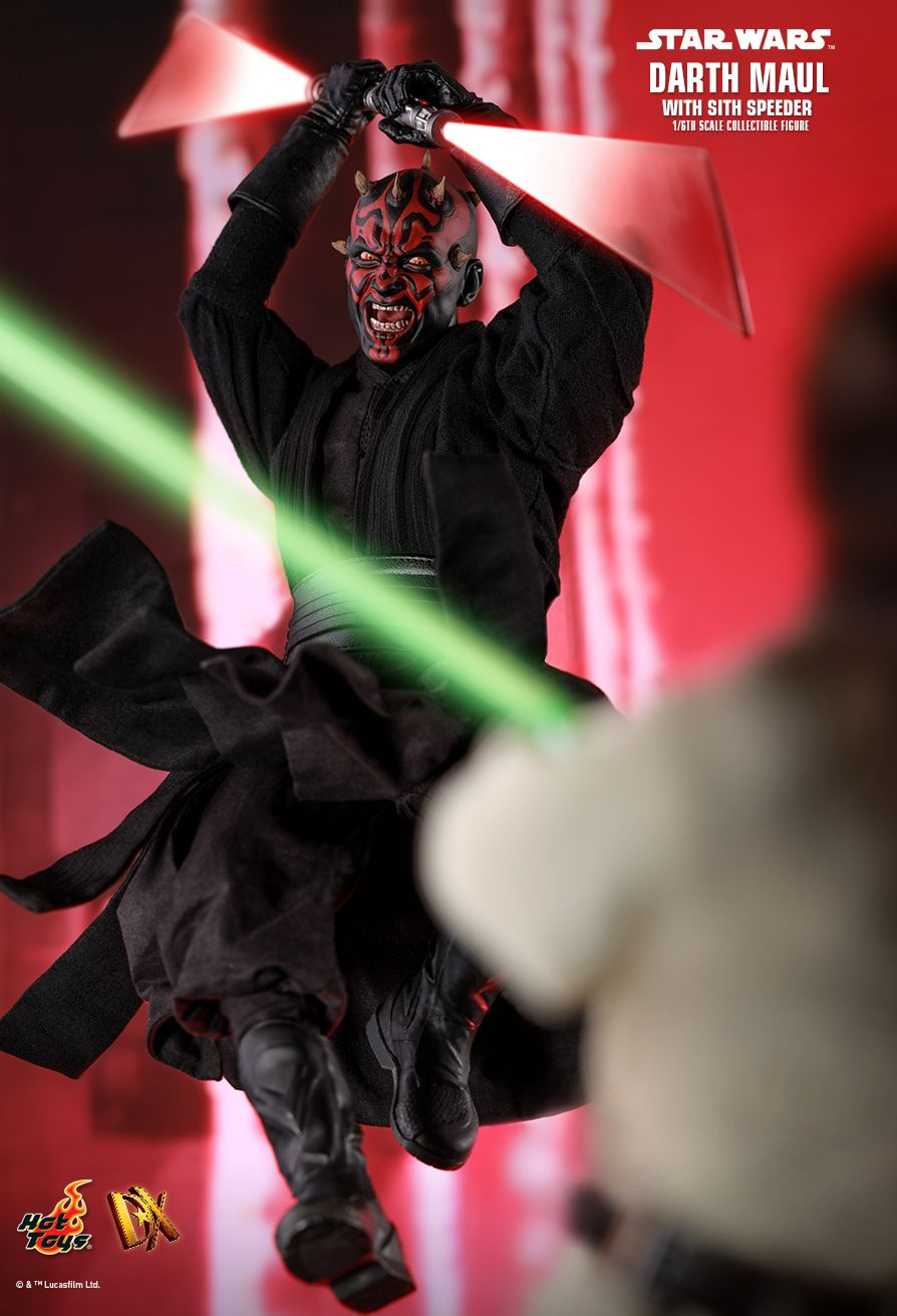 Darth Maul  Sixth Scale Figure by Hot Toys  Episode I: The Phantom Menace - DX Series - DX17