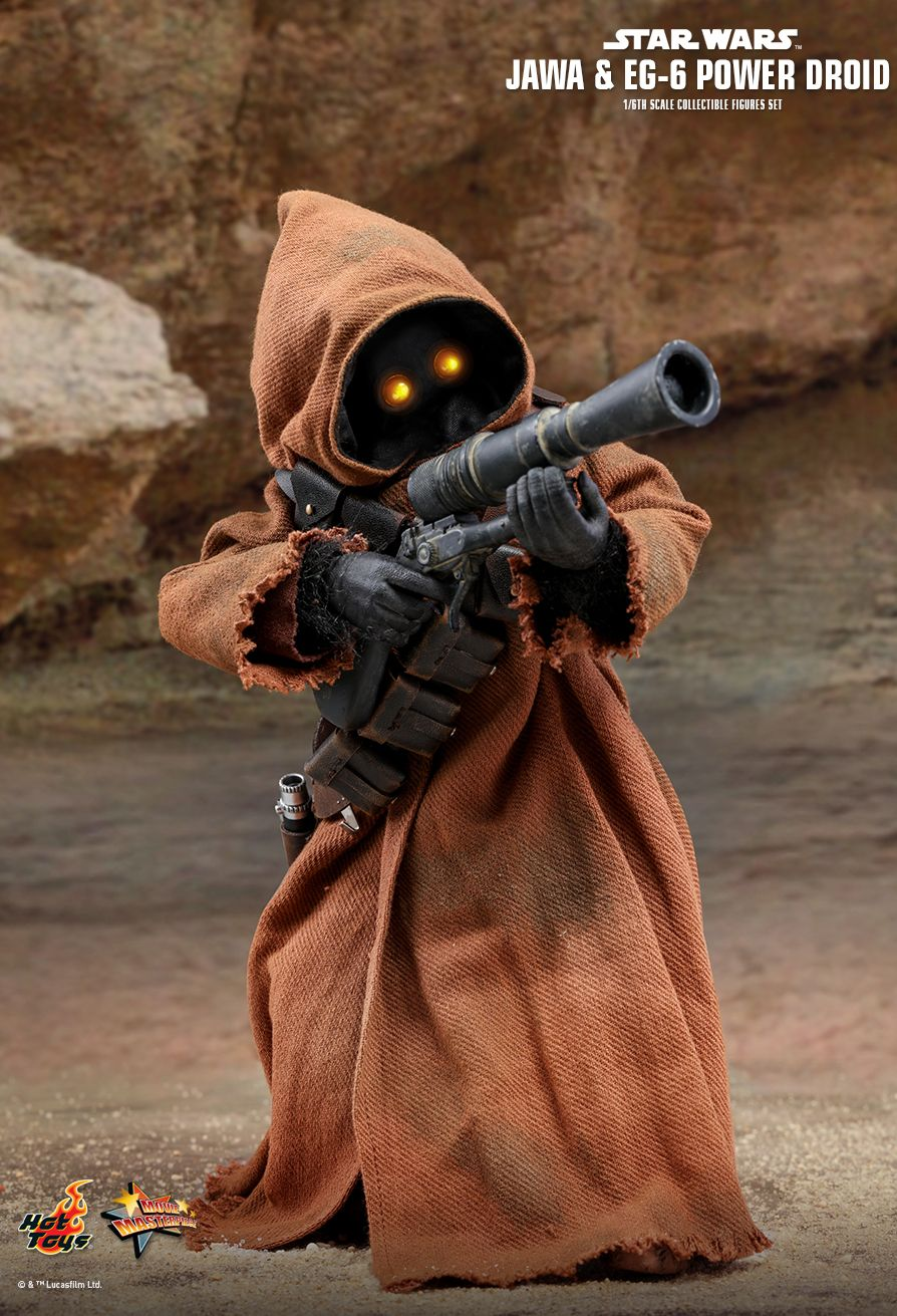 Jawa & EG-6 Power (Gonk) Droid Sixth Scale Figure by Hot Toys Movie Masterpiece Series