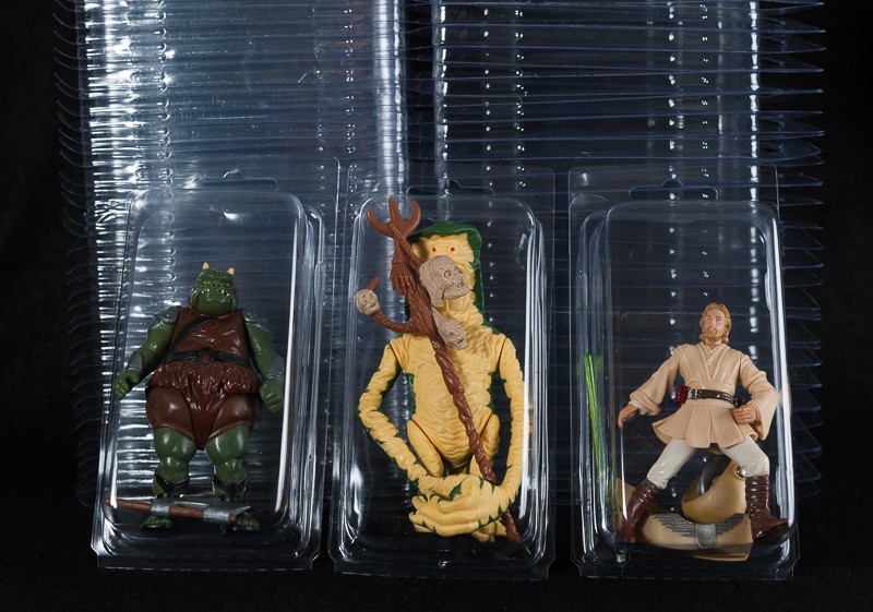 Loose Action Figure - Larger  Clamshell Cases
